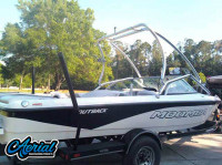 2007 Moomba Outback  with Airborne Tower