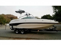 2004 Chaparral 234 with Assault Tower