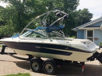 1995 Sea Ray 200 with Assault Wakeboard Tower