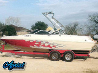 2000 Glastron GX225 with FreeRide Wakeboard Tower