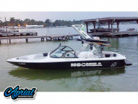 2000 Moomba Outback with FreeRide Tower