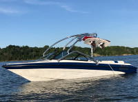 1999 Bluewater Mirage with Airborne Wakeboard Tower