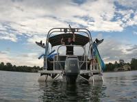 2015 Sweet Water Premium Pontoon Boat with F250 Pontoon Tower