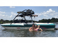 1991 Malibu Sunsetter with Airborne Wakeboard Tower