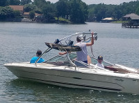 1984 Sea Ray Monaco 20' with Ascent Wakeboard Tower