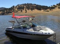 2004 Crownline LS216 with Assault Wakeboard Tower