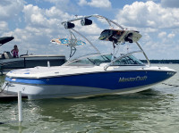 2006 Mastercraft Maristar 200 with Assault Wakeboard Tower