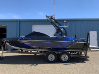 2007 Malibu Wakesetter 21VLX  with FreeRide Wakeboard Tower