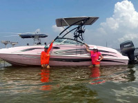 2000 Hurricane Fun Deck with Assault Wakeboard Tower