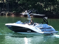 2018 Scarab 215G  with FreeRide Wakeboard Tower