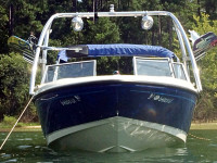 2006 Bayliner 175 wakeboard tower with racks