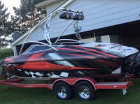 2000 Crownline 225 BR with Assault Wakeboard Tower